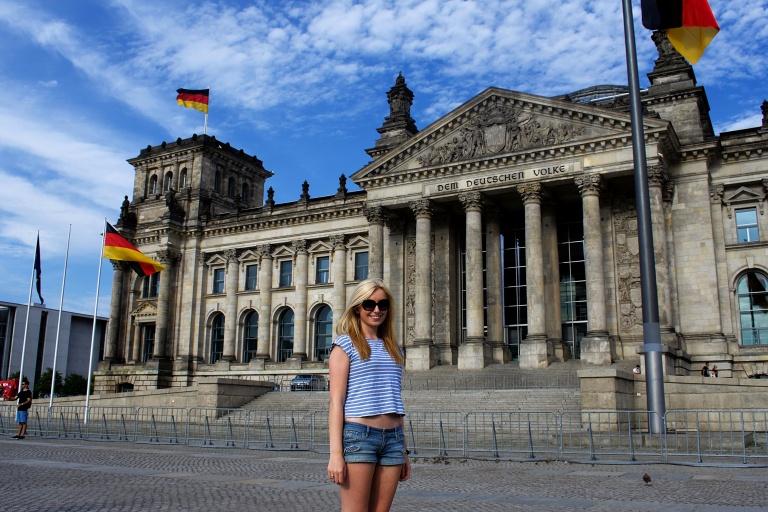 Georgia Outside the Reichstag.jpg