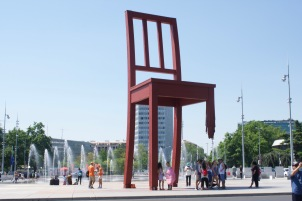 Broken Chair, Geneva